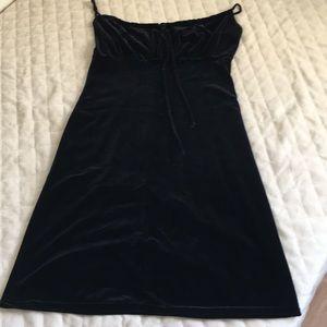 Black Max Studio Midi Dress